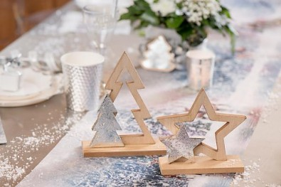 Dřevěná dekorace hvězdy 13 x 5 x 13 cm 731234837