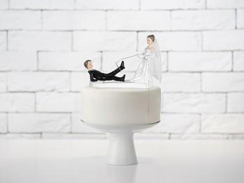 Svatební figurky ženich a nevěsta s lasem