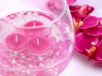 Girlanda perlová,  světle růžová
