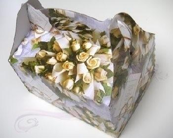 Krabička na výslužku bílé růže