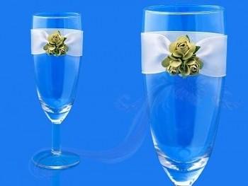 Skleničky na šampus se zelenými růžemi