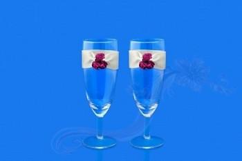 Svatební skleničky na šampus růžičky,2ks