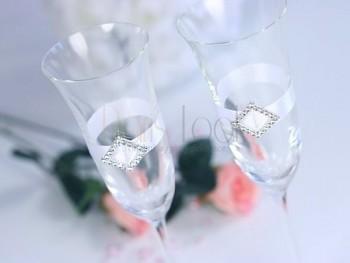 skleničky na šampaňské stříbrná
