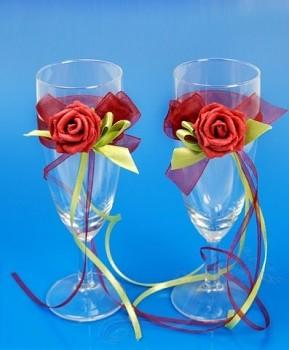 skleničky na šampaňské bordó