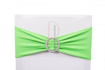 Šerpa na židle s ozdobnou sponou světle zelená
