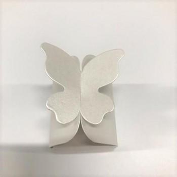 Malá krabička s motýlem
